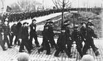 Bundesarchiv_Bild_146-1976-067-10A,_Matrosen-Aufstand