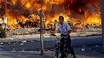 los-angeles-riots-bicycle_nqbjbw