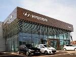 22-1429696060-hyundai-international-showroom-design-02