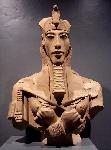 akhenaton (1)