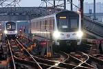 220px-201703118号线列车正在开出沈杜公路折返线