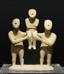 220px-Cycladic_three_figurines_group