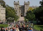 rs_1024x759-180518085123-1024-Windsor-Castle-fans