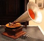 Grammofono_del_1905,_museo_caruso_02