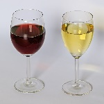 1200px-Red_and_white_wine_12-2015