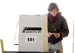 MAC42_HUTCHINS_VOTING_POST01